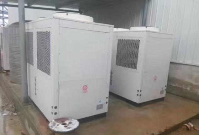 暖通师傅讲大实话:千万不要装燃气壁挂炉,家用空气能采暖更安全