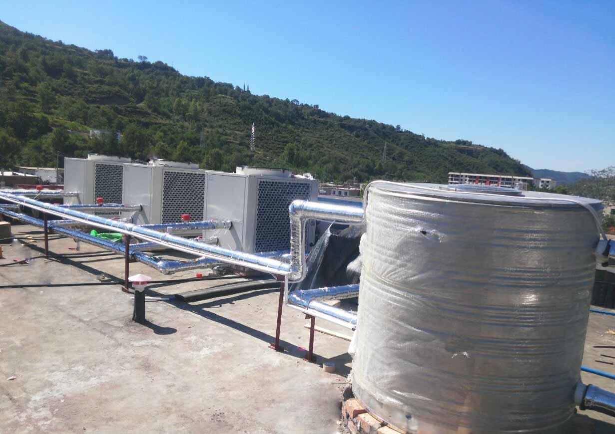 三层楼如何共用一个热水器呢?空气能「热水方案」帮到你
